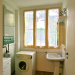 ante-bathroom with washing machine